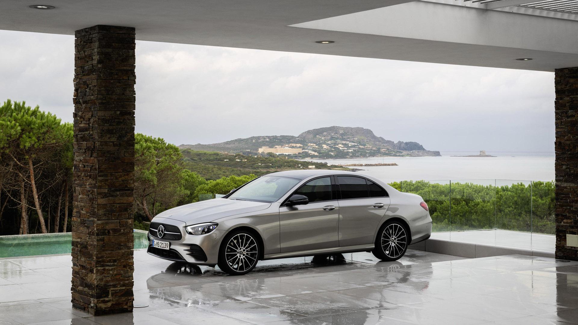 Mercedes-Benz E-Class Saloon design