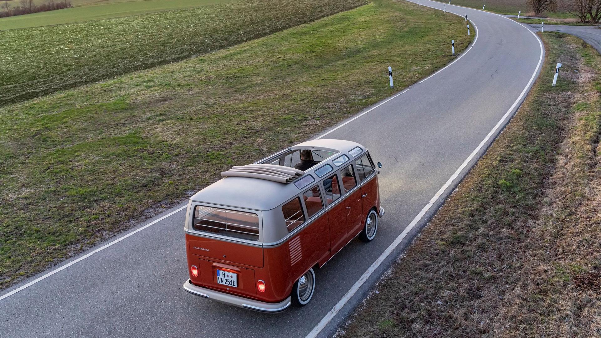 Volkswagen e-Bulli ride
