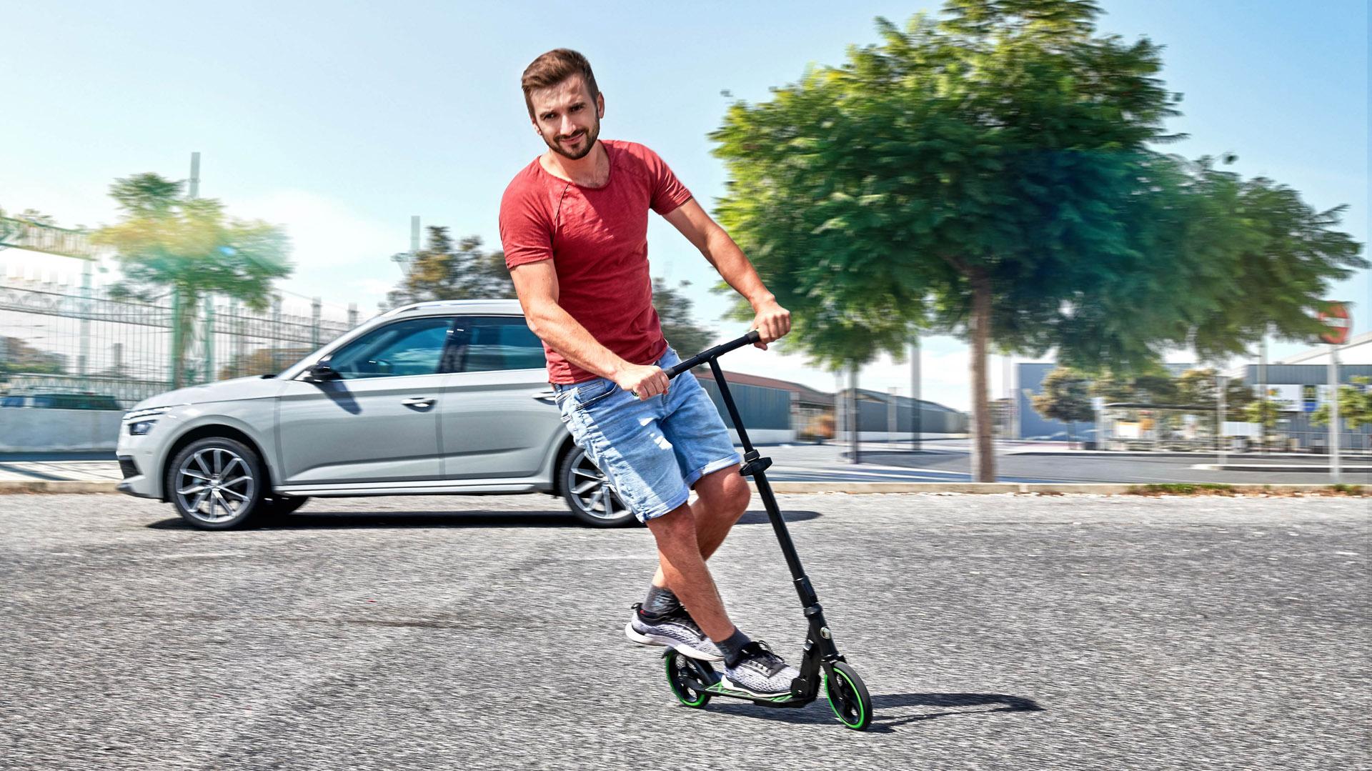 Skoda Scooter ride