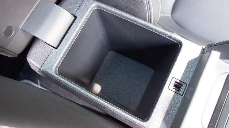 MG ZS EV centre console