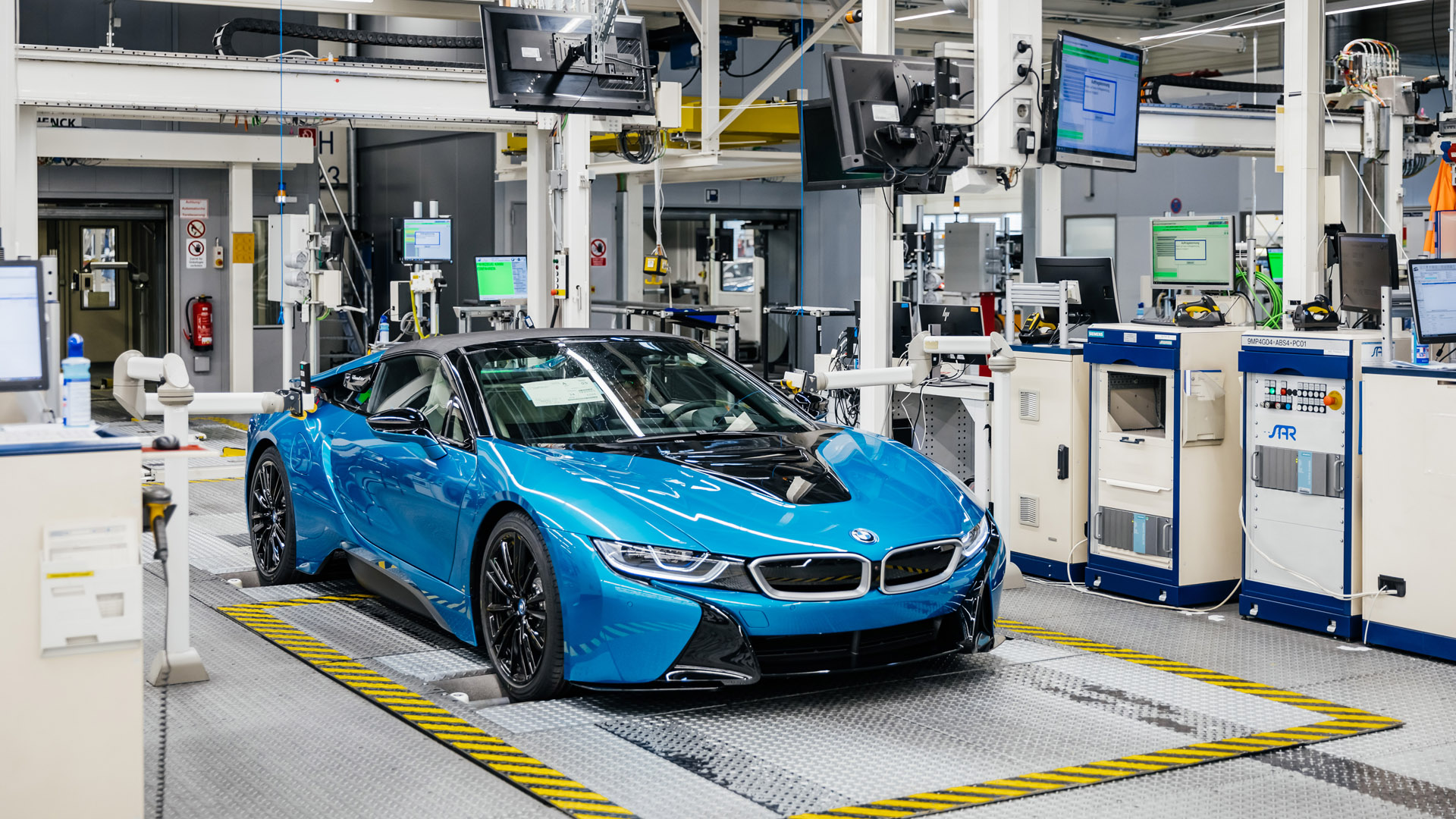Final Bmw I8 Cars Leave The Leipzig Plant Totallyev