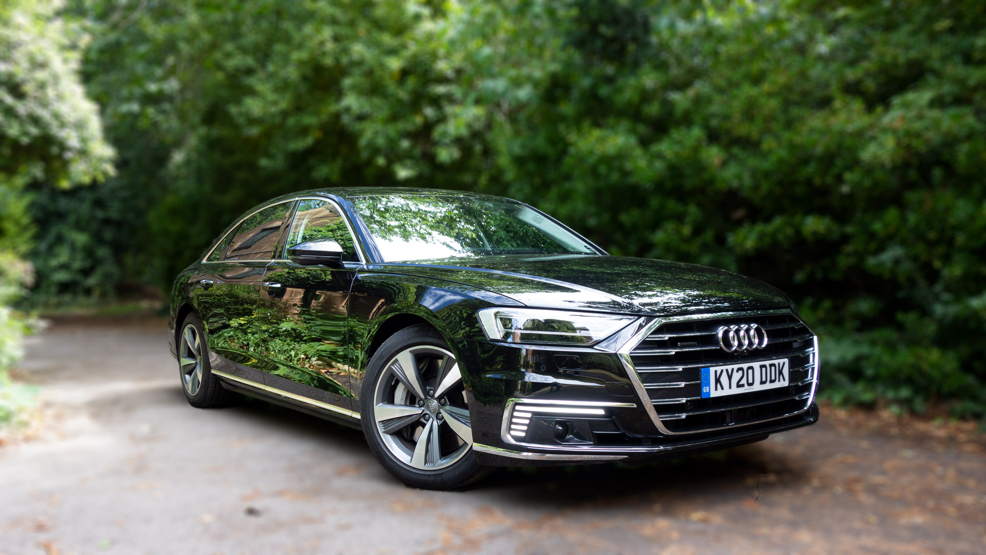 Audi A8 L TFSIe review TotallyEV
