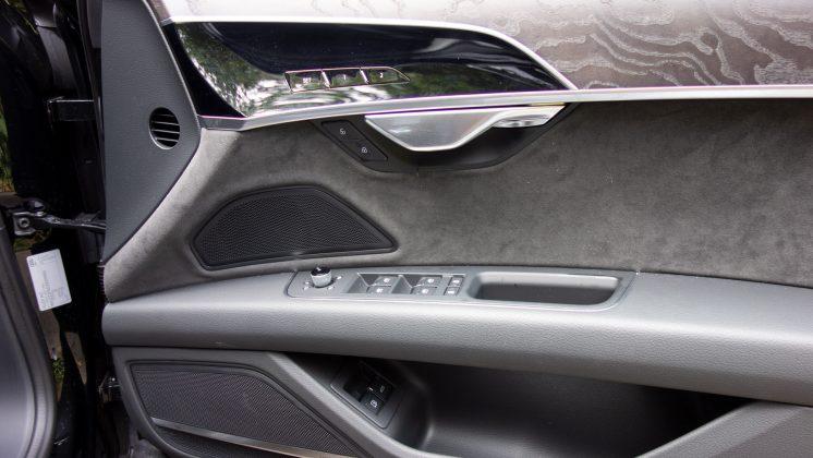 Audi A8 door