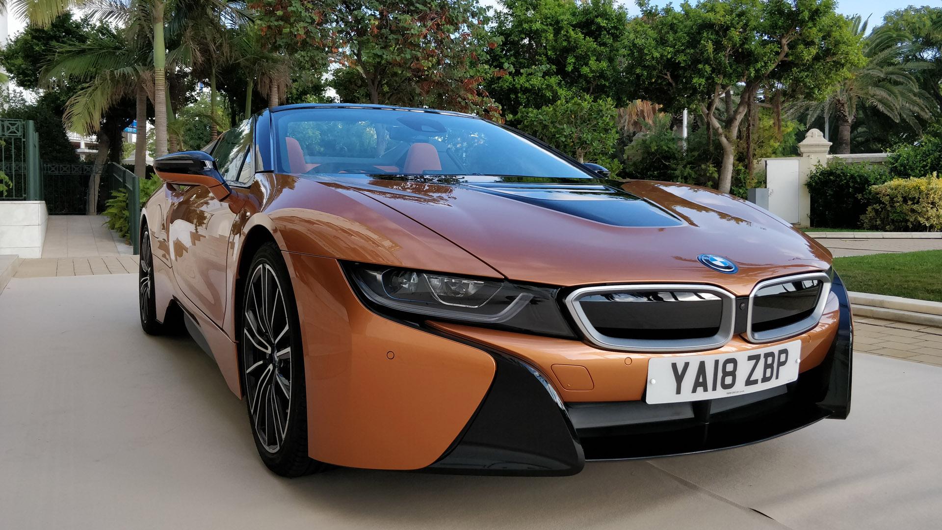 BMW i8 Roadster performance
