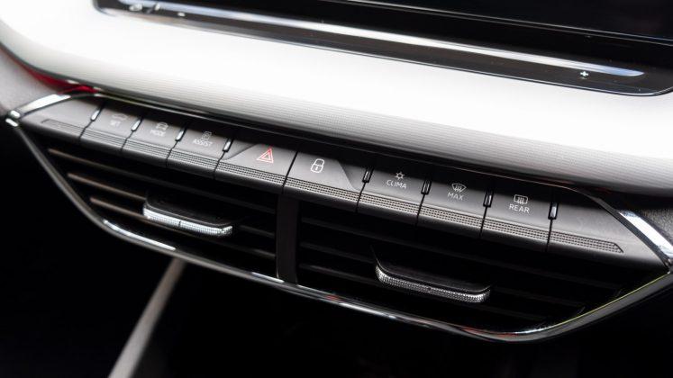 Skoda Octavia iV Estate buttons