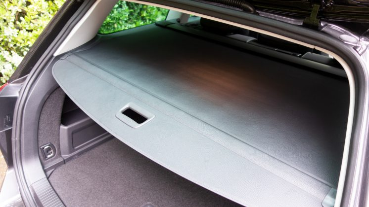 Volkswagen Passat Estate GTE boot lid design