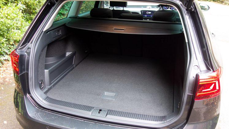 Volkswagen Passat Estate GTE boot space