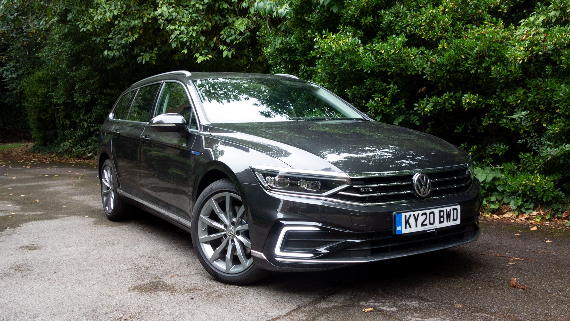 Volkswagen Passat Estate GTE design