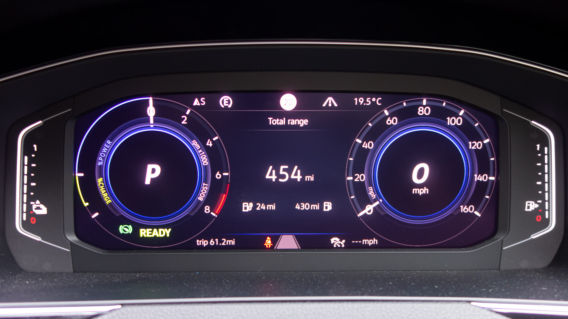 Volkswagen Passat Estate GTE instrument cluster