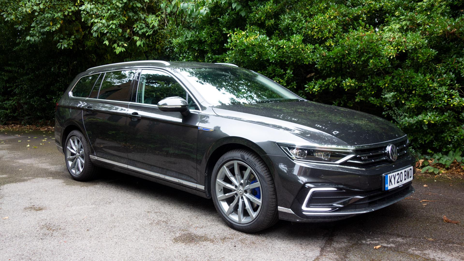 Volkswagen Passat Estate GTE side