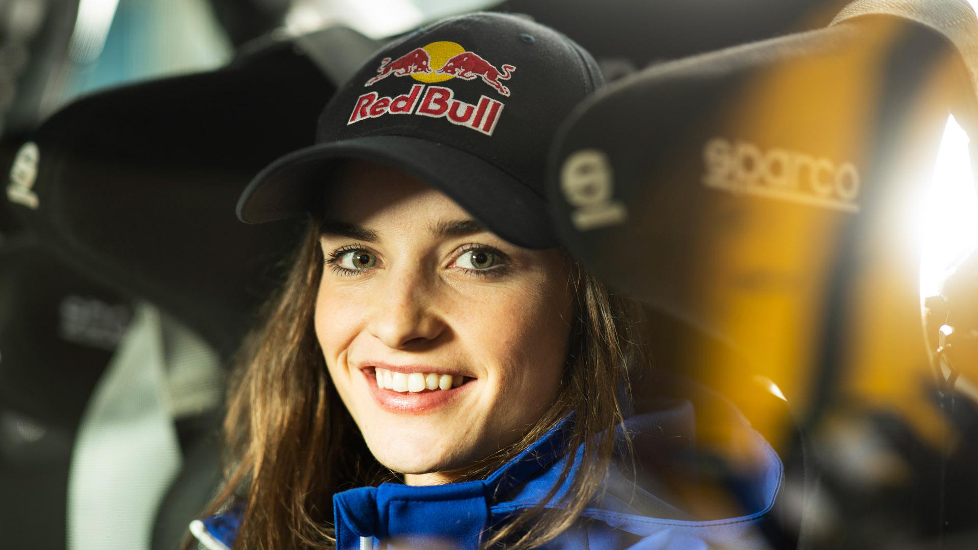 Catie Munnings headshot