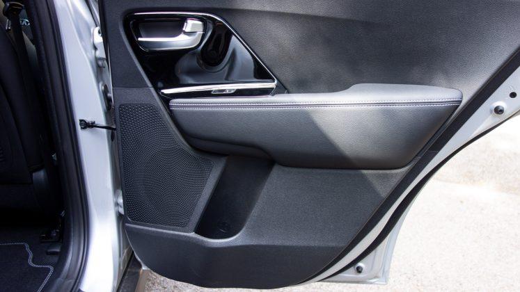 Kia e-Niro rear door