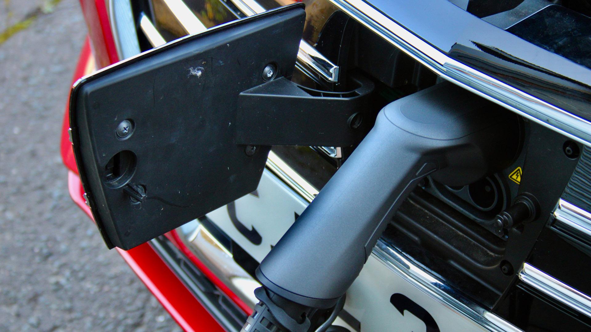 MG5 EV charging