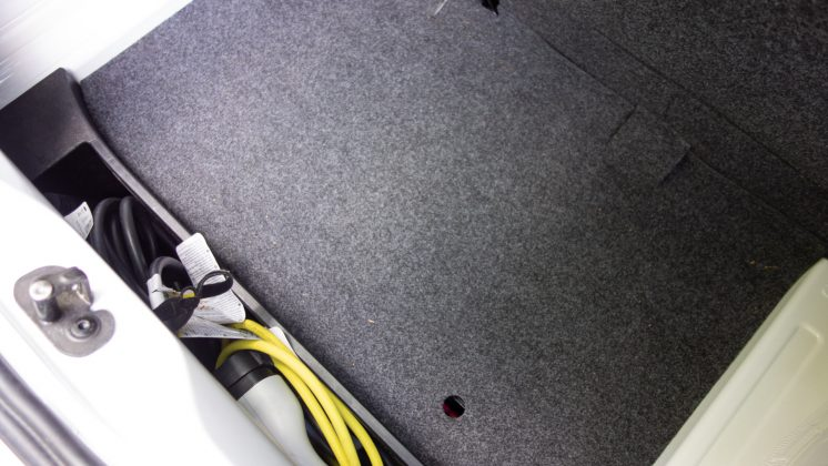 Volkswagen e-up! boot cables