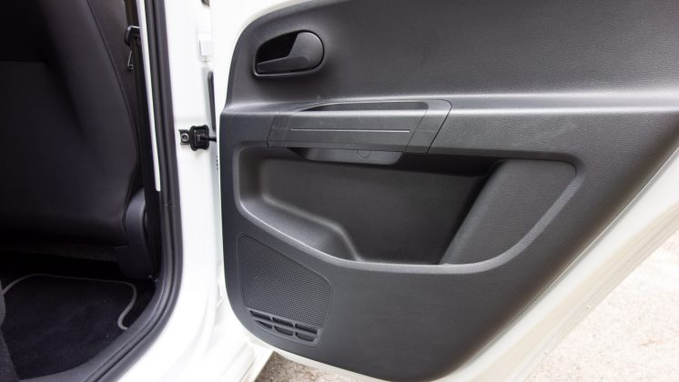 Volkswagen e-up! rear door