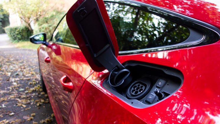 Audi A7 TFSIe EV charge