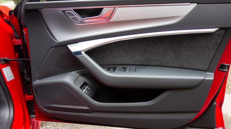 Audi A7 TFSIe front door