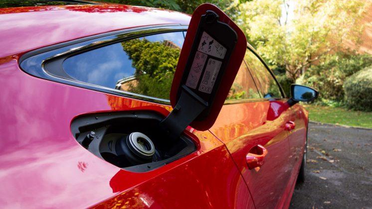 Audi A7 TFSIe petrol cap