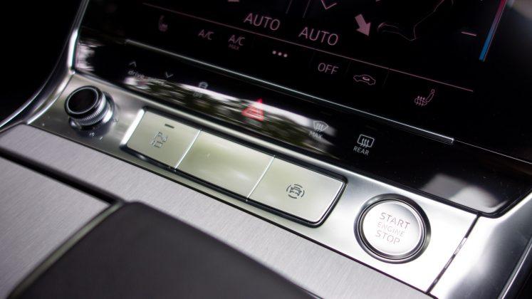 Audi A7 TFSIe power button
