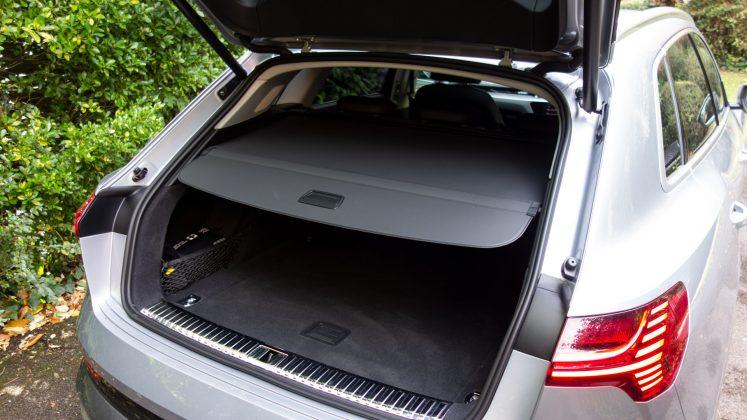 Audi e-tron boot cover