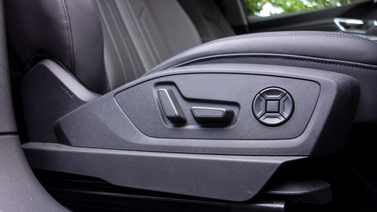 Audi e-tron electric front seats