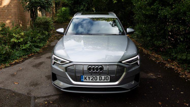 Audi e-tron front look