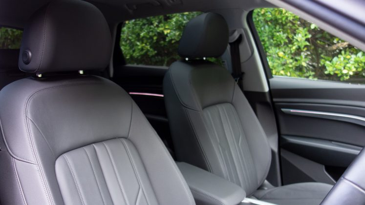 Audi e-tron front seats