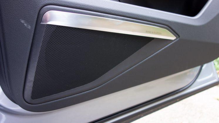 Audi e-tron front speaker