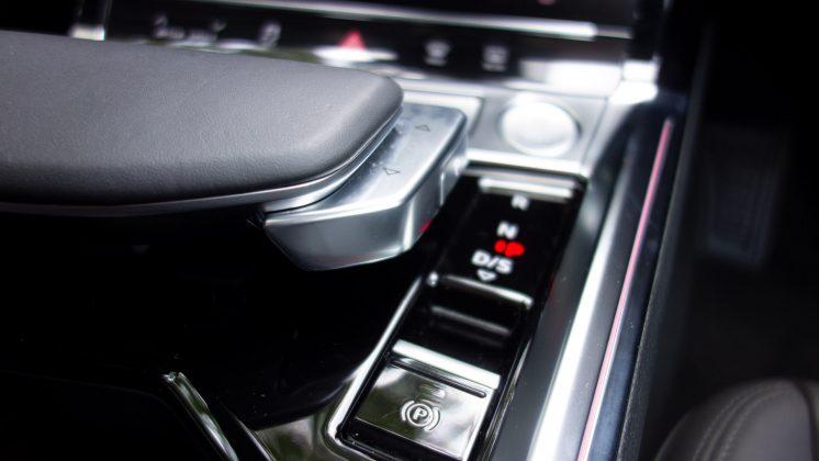 Audi e-tron gear selector