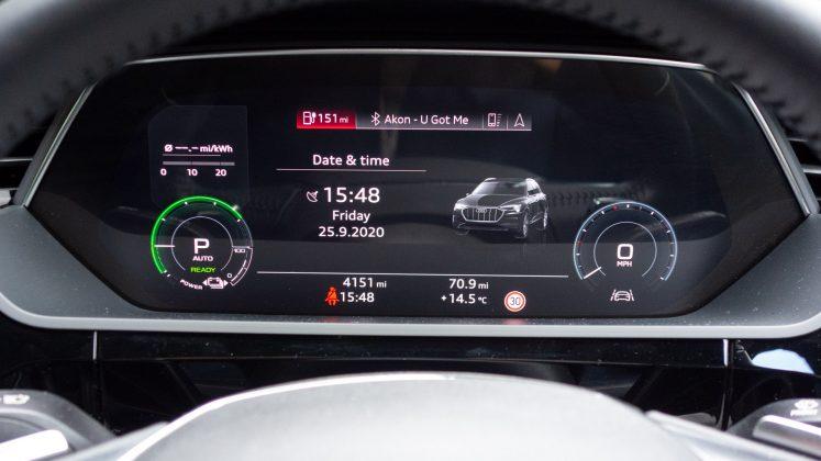 Audi e-tron instrument cluster info