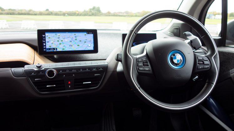 BMW i3s 120Ah cabin
