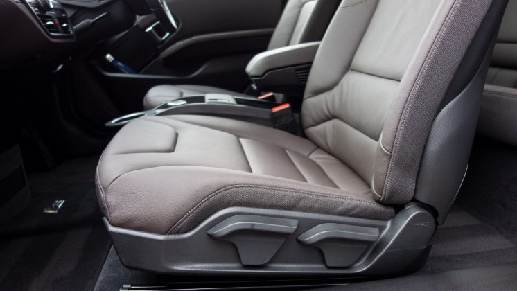 BMW i3s 120Ah front seats
