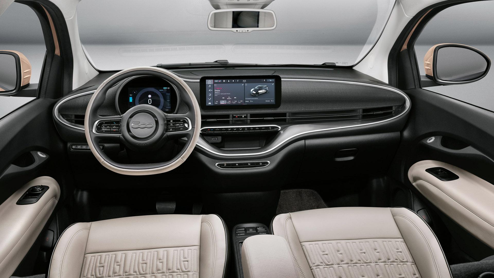 Fiat 500 Electric interior cabin