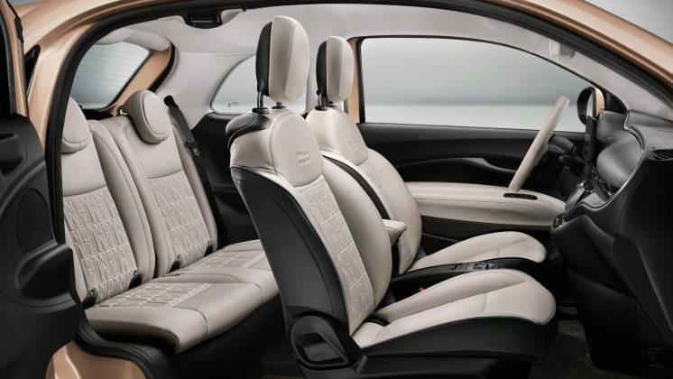 Fiat 500 Electric seats