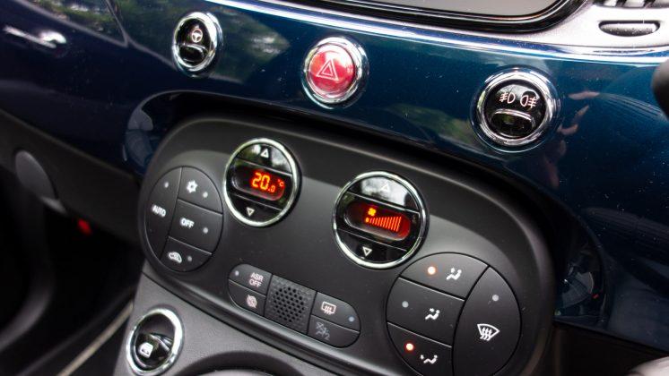 Fiat 500 Hybrid buttons