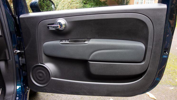 Fiat 500 Hybrid front door