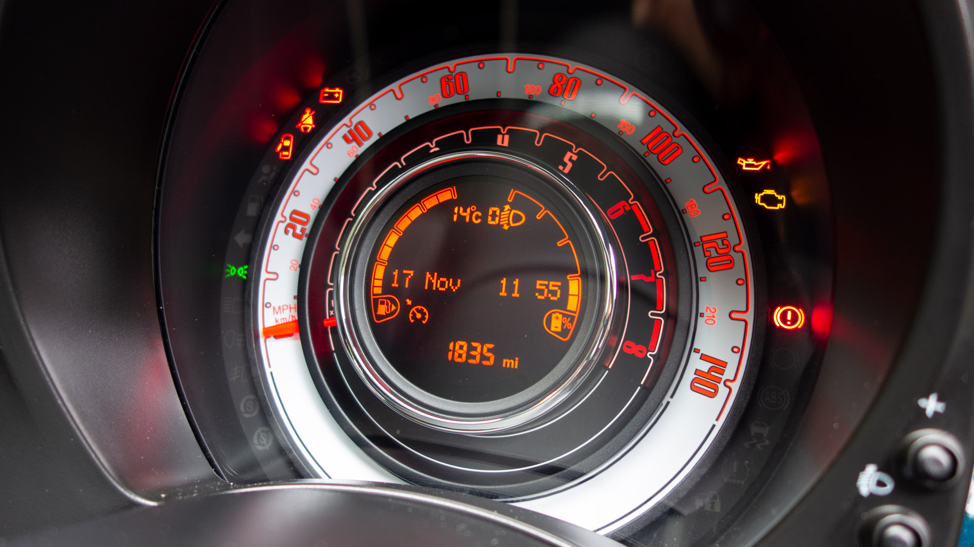 Fiat 500 Hybrid instrument cluster