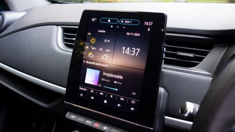 Renault Zoe infotainment system