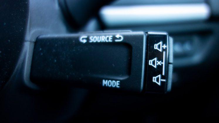 Renault Zoe media controls