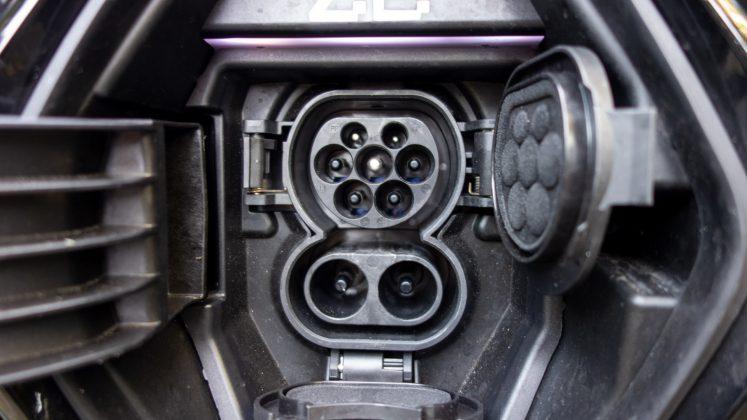 Renault Zoe port