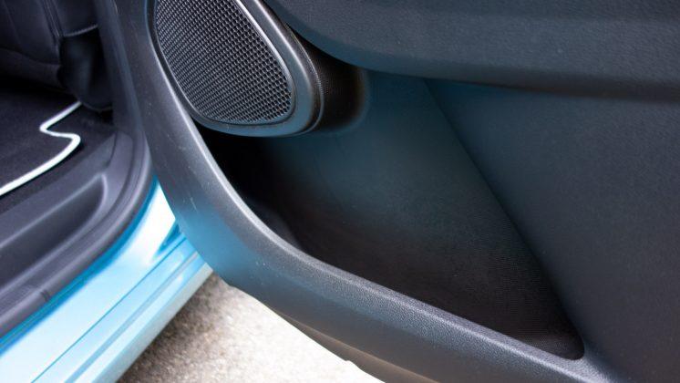 Renault Zoe rear door storage