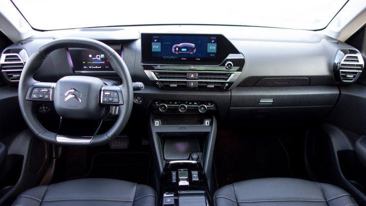Citroen e-C4 interior cabin