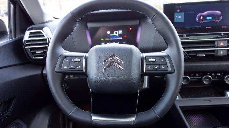 Citroen e-C4 steering wheel