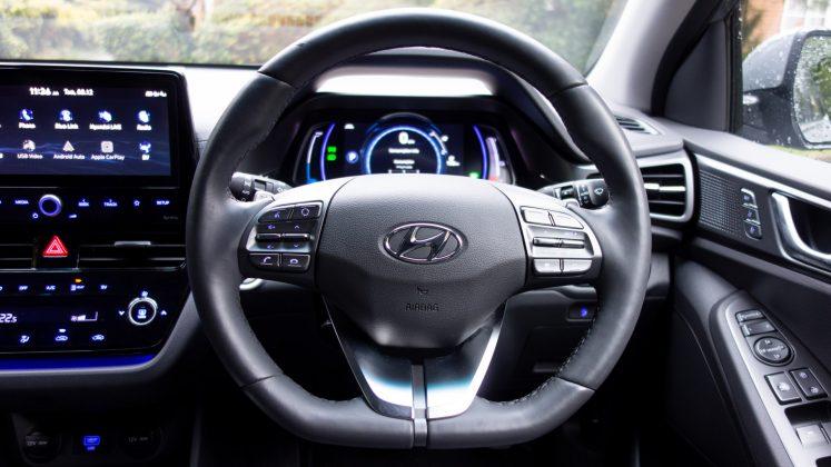 Hyundai Ioniq Electric steering wheel