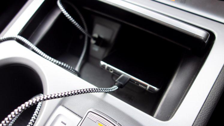 Hyundai Kona Electric charging phone problem