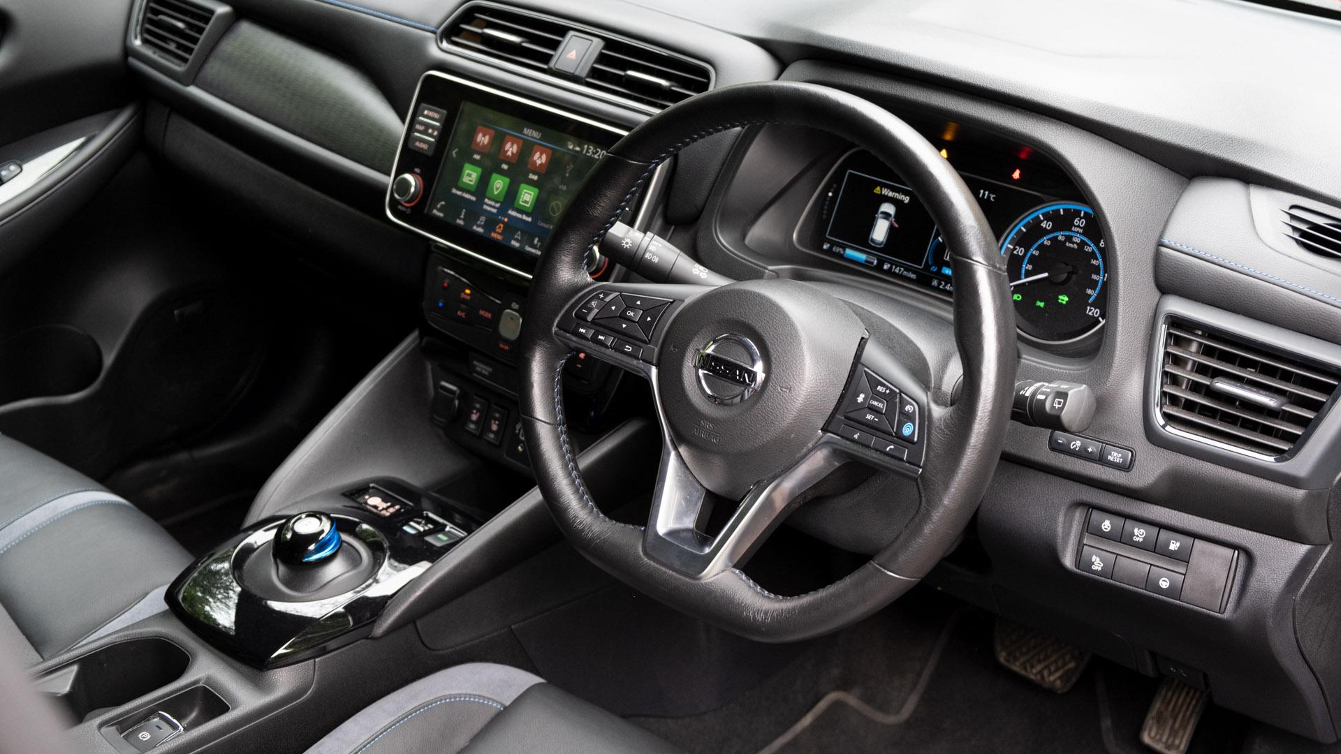 Nissan Leaf front cabin
