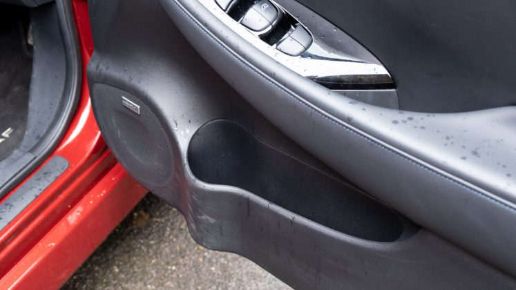 Nissan Leaf front compartment