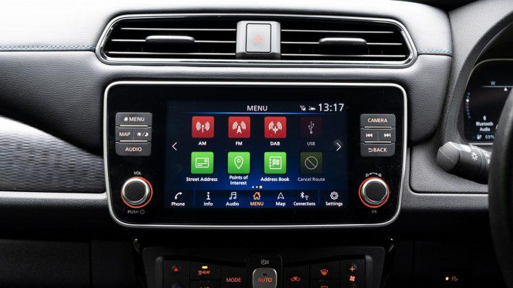 Nissan Leaf infotainment