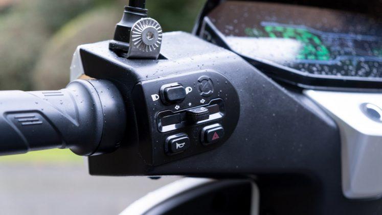 Sunra Robo-S left buttons