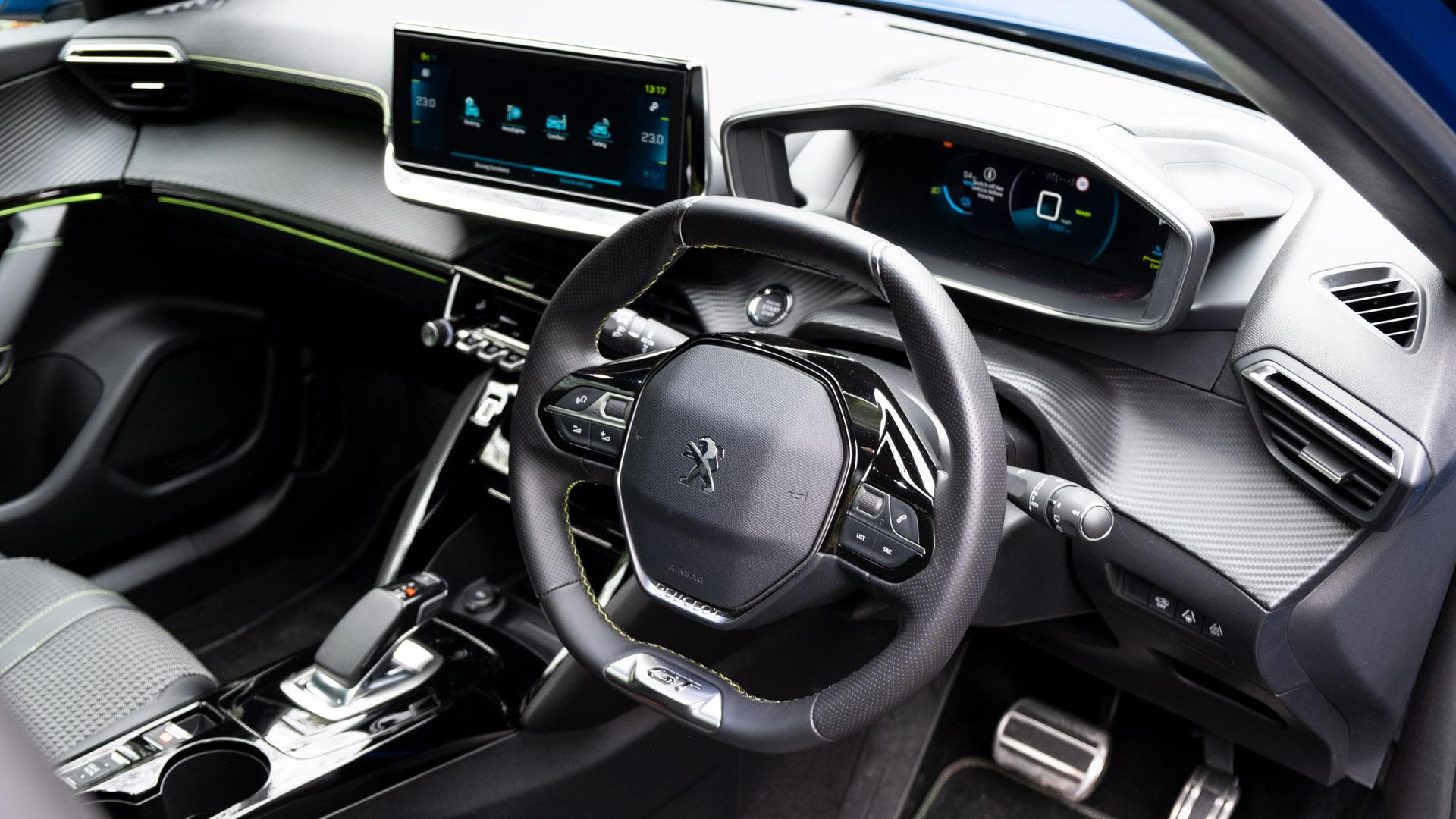 Peugeot e-2008 cabin
